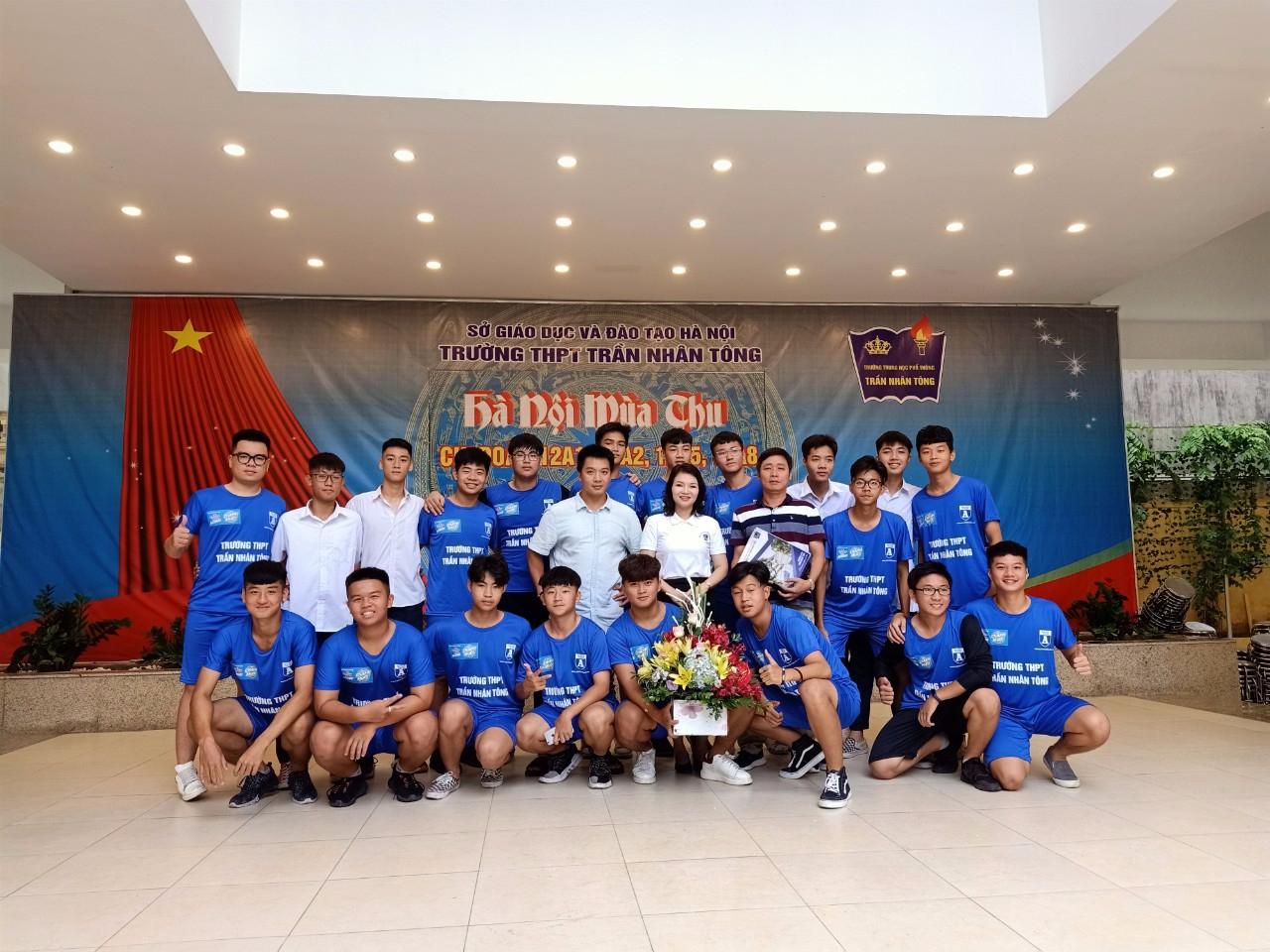 Chúc mừng đội tuyển bóng đá ra quân